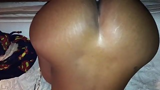 Big booty black woman, cream on big black cock