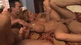 Slutty wife fucks in threesome