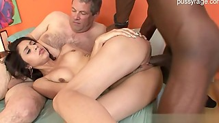 Sexy housewife facial paštaisīts
