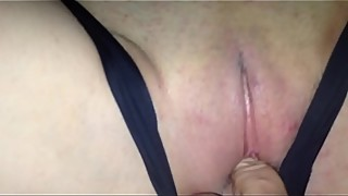 Cuckold creampie, wife of the stored sperm after the date of the panties