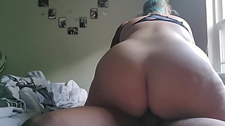 Snowbunny pawg wife gives blowjob to black stranger and lets him creampie